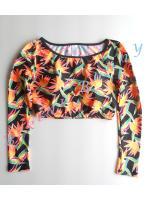 Sale t227 (Size M รอบอก 34-35 นิ้ว) เสื้อว่ายน้ำแขนยาวทรงครึ่งตัว สีดำลายใบไม้เหลืองส้มเขียว --> New Look