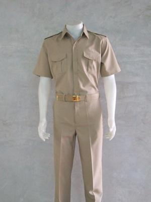 ชุดกากี ชุดข้าราชการสีกากี คอเชิ้ต แขนสั้น กางเกงขาสั้น สำหรับข้าราชการชาย
