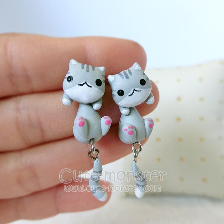 ต่างหูดินปั้น แมวสีเทา Gray cat Earrings