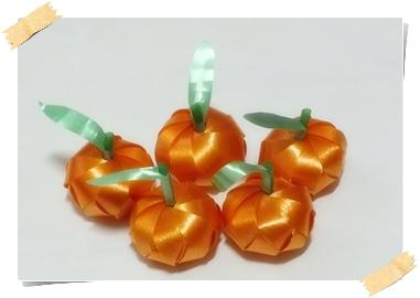ส้มมงคล โปรยทาน