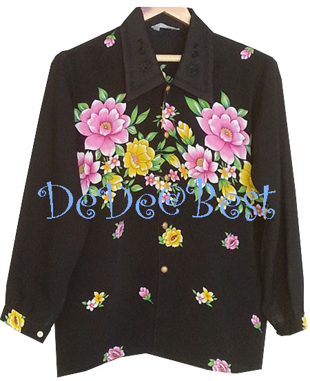 ขายแล้วค่ะ T56:Vintage top เสื้อวินเทจสีดำลายดอกไม้สวย ปกเสื้อปักลายดอกไม้&#x2764