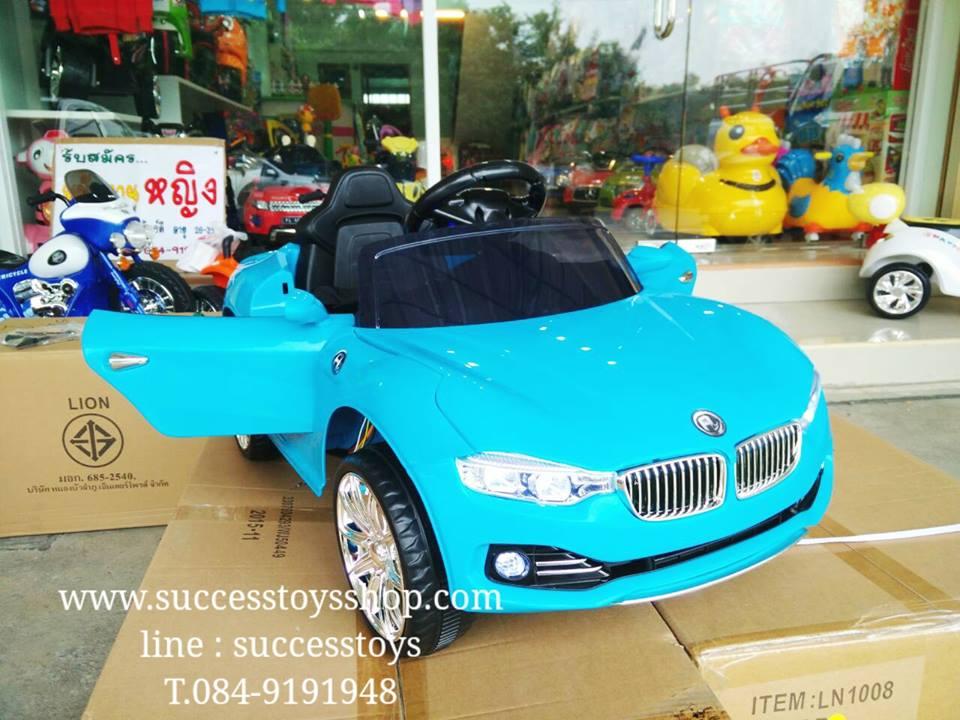 รถแบตเตอรี่เด็กนั่งไฟฟ้า รุ่น LN1002 ยี่ห้อ BMW สีฟ้า