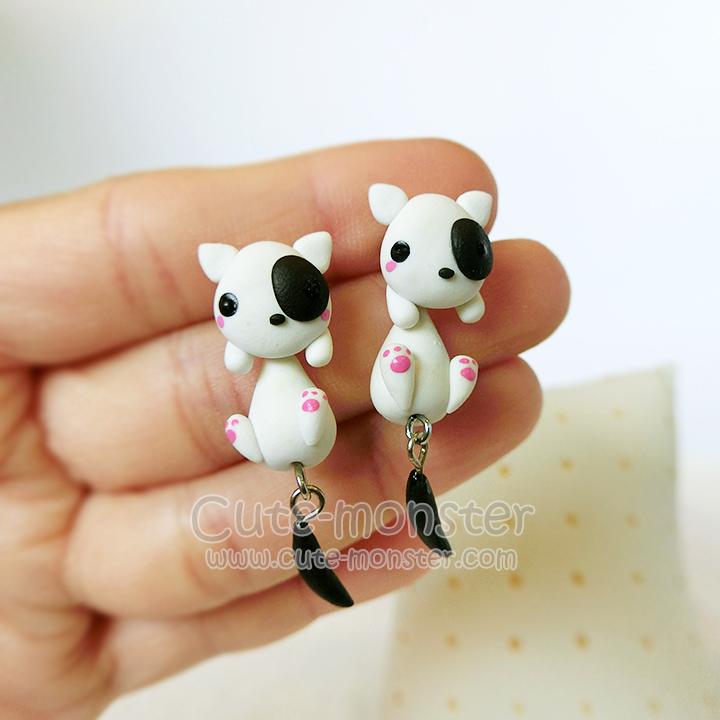 ต่างหูดินปั้น หมาขาวแต้มดำ White & Black dog Earrings