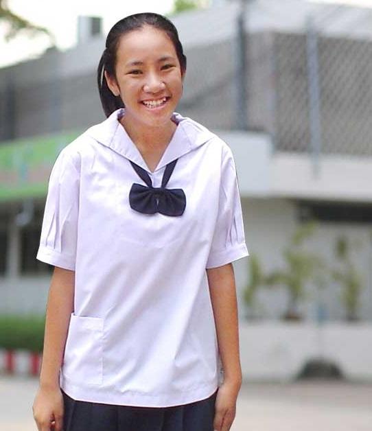 ( มาตราฐาน Muangdek ) เสื้อนักเรียนหญิง ประถมปลาย-มัธยมต้น ปกทหารเรือ