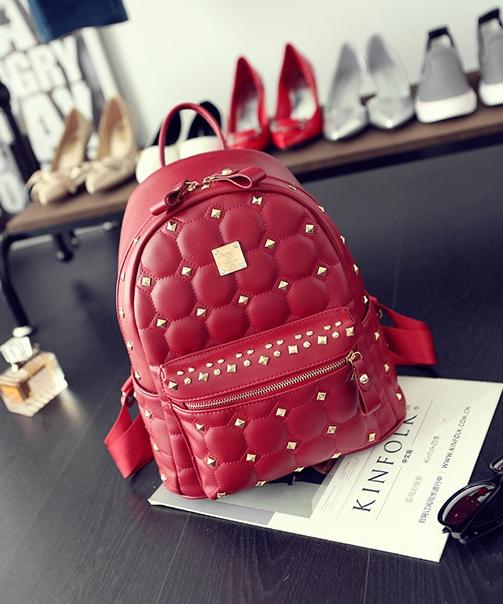 [ ลดราคา ] - กระเป๋าเป้แฟชั่น สไตล์เกาหลี สีแดงเข้ม ปักหมุดเท่ๆ ดีไซน์แบรนด์ดัง ทรงสวยเก๋ไม่ซ้ำใคร งานหนังคุณภาพอย่างดีค่ะ