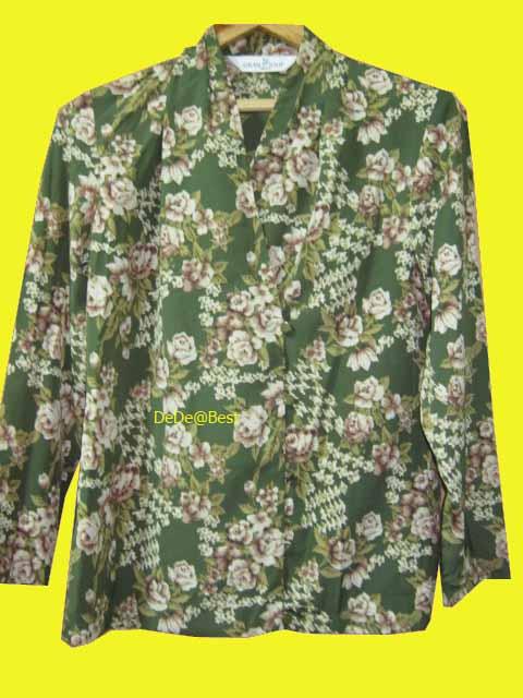 ขายแล้วค่ะ T32:Vintage top เสื้อวินเทจสีเขียวลายดอกกุหลาบวินเทจ&#x2764