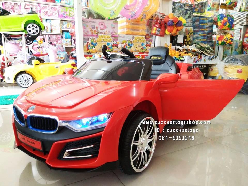 LN5880R รถแบตเตอรี่ไฟฟ้า BMW I8 2 มอเตอร์ สีแดง