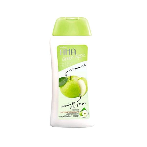 Mistine GLUTA Green Apple White & Bright Body Lotion มิสทีน เอเอชเอ กรีน แอปเปิ้ล ไวท์ แอนด์ ไบรท์ บอดี้ โลชั่น โลชั่นบำรุงผิวกายสูตรสารสกัดเข้มข้นจากแอปเปิ้ลเขียว 100%* ที่อุดมไปด้วยวิตามินซี ช่วยให้ผิวดูอ่อนเยาว์ เสริมการบำรุงให้ดูกระจ่างใส