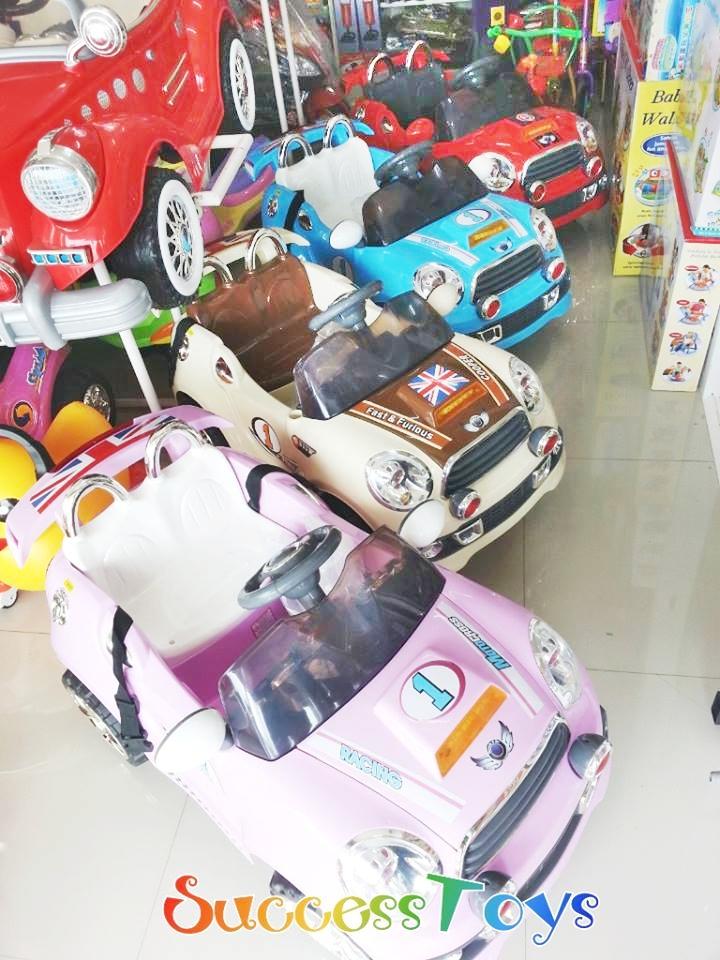 รถแบตเตอรี่เด็กนั่ง รุ่นJF3070 ยี่ห้อ มินิออสติน มี 4 สี แดง ครีม ฟ้า ชมพู