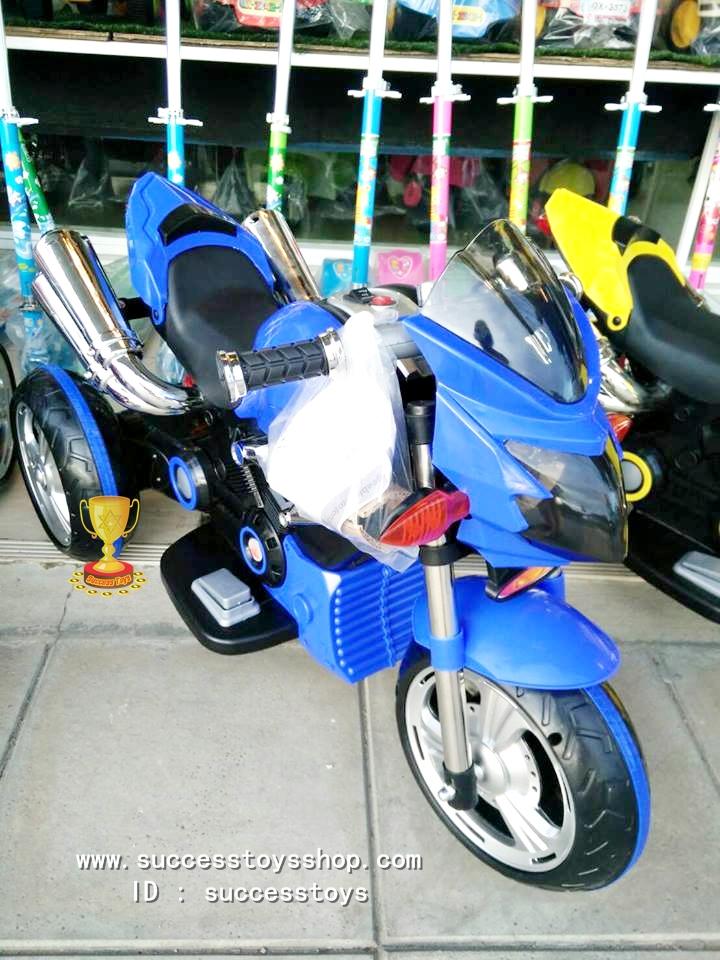 รถมอเตอร์ไซค์ดูคาติท่อคู่ สีน้ำเงิน