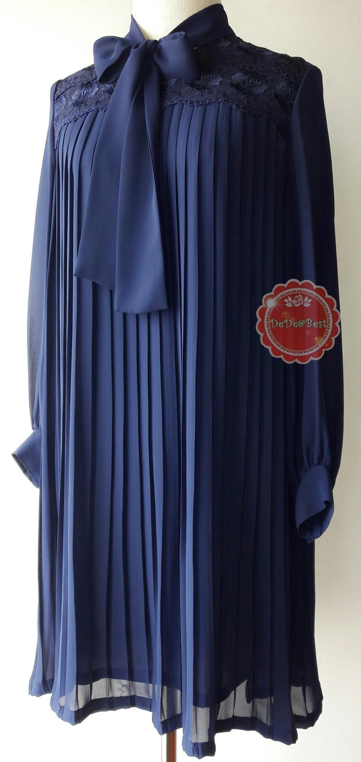 D55:Vintage dress เดรสวินเทจผ้าซีฟองสีน้ำเงิน อัดพรีทรอบชุด บ่าติดลูกไม้สวย ผูกโบว์ที่คอเสื้อ