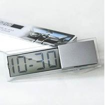 นาฬิกาดิจิตอลจิ๋วติดกระจกรถยนต์