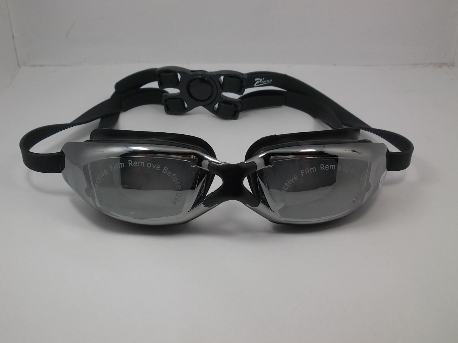 แว่นตาว่ายน้ำสำหรับคนสายตาสั้น 03
