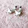 ต่างหูดินปั้น Baby white fox
