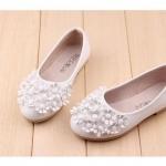 รองเท้าคัชชูเด็กหญิง สีขาว สีดำ สีชมพู ตกแต่งพุ่มดอกไม้ Size 21-36 (เท้ายาว 13-20.5 ซม.)