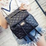 [ พร้อมส่ง ] - กระเป๋าเป้แฟชั่น สีดำคลาสสิค ใบกลางๆ เย็บตารางทั้งใบสุดหรู ดีไซน์สวยสไตล์แบรนด์ดัง โดดเด่นไม่ซ้ำใคร สวยสุดมั่น เหมาะกับสาว ๆ ที่ชอบกระเป๋าเป้