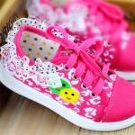 รองเท้าเด็กหญิงสีชมพู แบบผูกเชือก ประดับลูกไม้น่ารัก Size 27-32