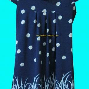 ขายแล้วค่ะ D3:2nd hand dress เดรสสีน้ำเงิน ผ้าวูลเนื้อนิ่ม ชายกระโปรงเล่นลายดอกไม้&#x2764