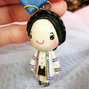 พวงกุญแจ ตุ๊กตารับปริญญา ขนาดสูง 2.5 นิ้ว