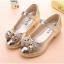 รองเท้าคัชชูเด็กหญิงสีทอง ประดับโบว์เพชร thumbnail 2