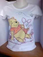เสื้อยืดหมีพู&พิกเลท.สีขาว ผ้าคอทตอลนุ่มใส่สบาย พิมพ์ลาย.