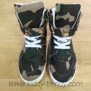 รองเท้าเด็กแฟชั่น ผ้าใบลายทหารพลาง ไซส์ 18cm