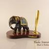 ของพรีเมี่ยมราคาถูก ช้างเรซิ่นที่เสียบปากกาสีดำท่ายืนงามสง่า