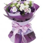 ช่อดอกไม้ ไลเซนทัสสีม่วง ห่อแบบสไตล์ญี่ปุ่น