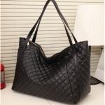 [ เปิดจอง พร้อมส่ง 25/10/14  ]   - กระเป๋าแฟชั่น นำเข้าสไตล์เกาหลี สีดำ เย็บลายตาราง ดีไซน์สวยเก๋ ทรง Shopping ใบใหญ่
