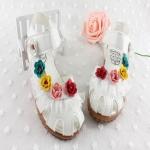 รองเท้าเด็กหญิง รัดส้น หนังสีขาว กุหลาบวินเทจ ใส่เที่ยว-ออกงานได้ Size 26-30