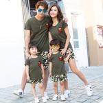 เสื้อครอบครัว - เสื้อยืดแขนสั้นสีเขียวทหาร แต่งอาร์ม
