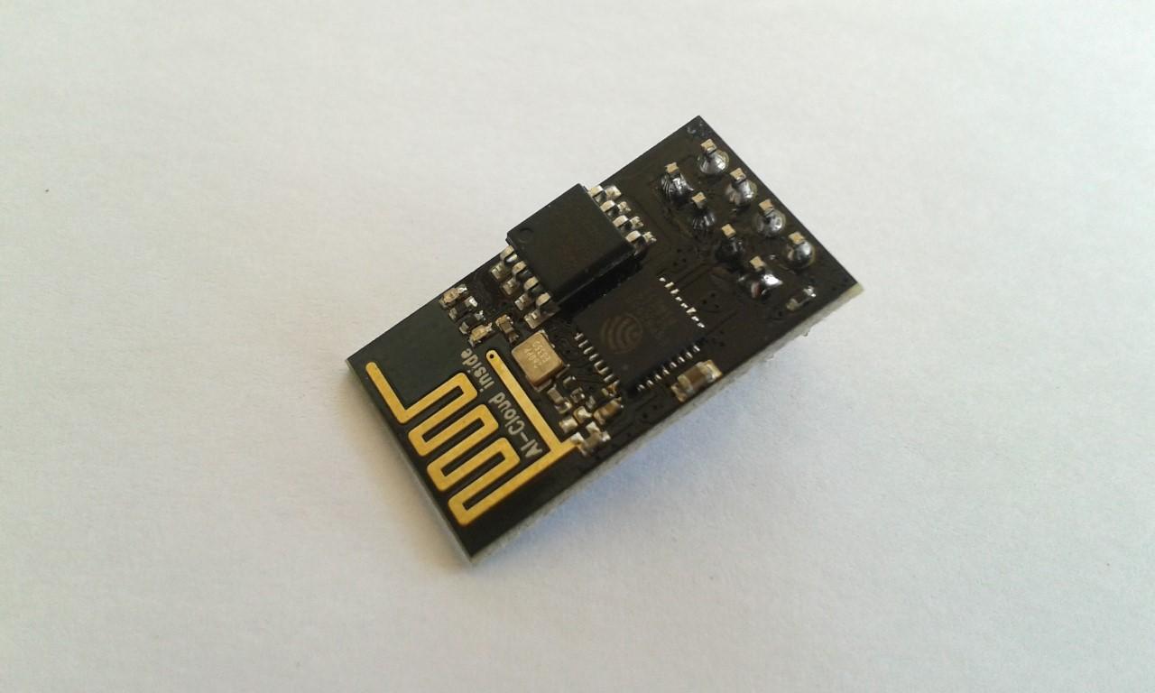 ESP8266 (ESP-01) WiFi Module